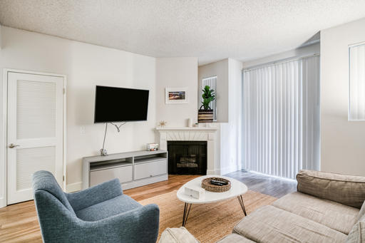 image 2 furnished 2 bedroom Apartment for rent in Park La Brea, Metro Los Angeles