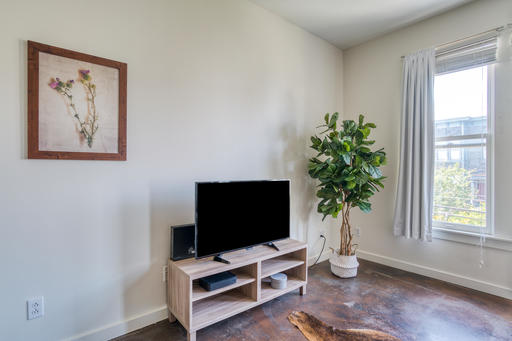image 5 furnished 2 bedroom Apartment for rent in Mission District, San Francisco