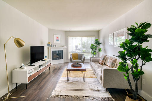 image 2 furnished 1 bedroom Apartment for rent in North Hollywood, San Fernando Valley