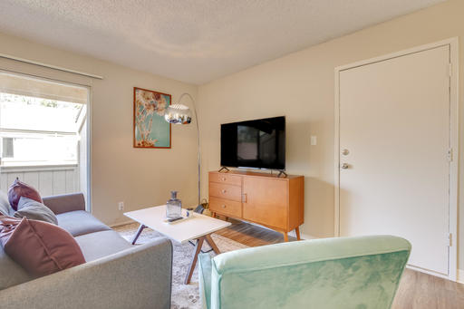 image 2 furnished 1 bedroom Apartment for rent in Union City, Alameda County