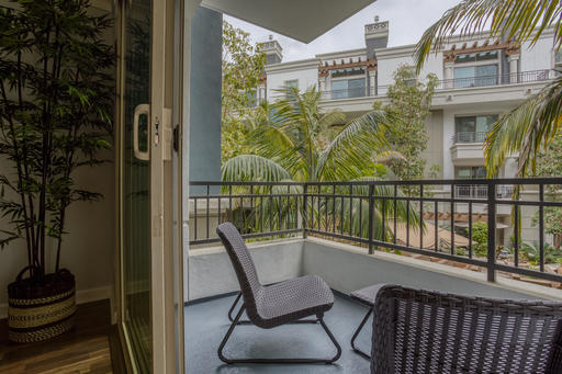 image 3 furnished 2 bedroom Apartment for rent in Brentwood, West Los Angeles