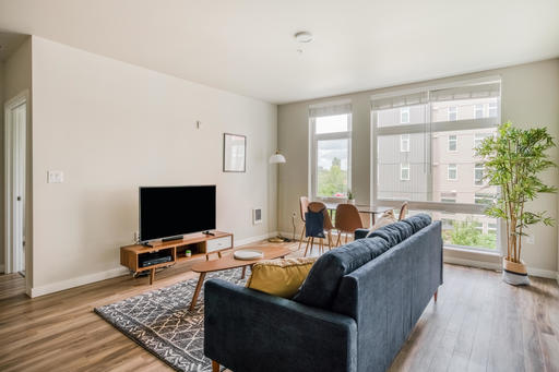 image 3 furnished 2 bedroom Apartment for rent in Issaquah, Seattle Area