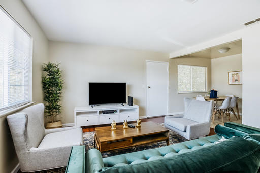 image 2 furnished 3 bedroom Apartment for rent in Sunnyvale, Santa Clara County