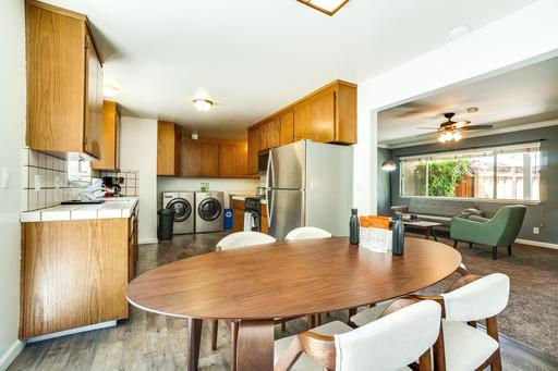 image 6 furnished 3 bedroom House for rent in Mountain View, San Mateo (Peninsula)