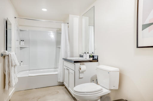 image 10 furnished 2 bedroom Apartment for rent in Emeryville, Alameda County