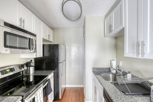 image 7 furnished 1 bedroom Apartment for rent in Mountain View, San Mateo (Peninsula)