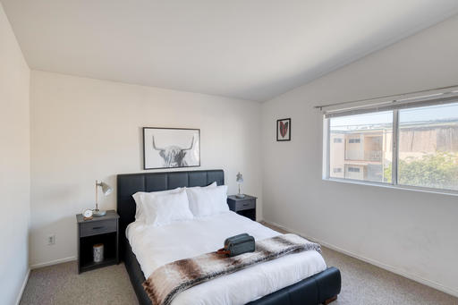 image 4 furnished 3 bedroom Apartment for rent in Santa Monica, West Los Angeles