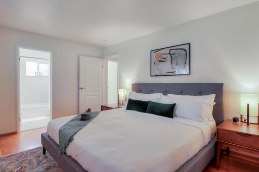 image 8 furnished 3 bedroom House for rent in Redwood City, San Mateo (Peninsula)