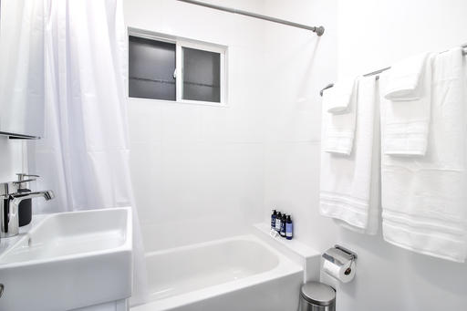 image 7 furnished Studio bedroom Apartment for rent in Haight-Ashbury, San Francisco