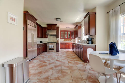 image 5 furnished 4 bedroom House for rent in Brentwood, West Los Angeles