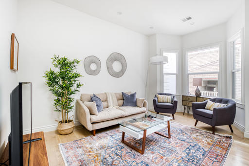image 2 furnished 3 bedroom Apartment for rent in Nob Hill, San Francisco