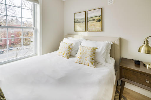 image 3 furnished 4 bedroom Apartment for rent in Bloomingdale, DC Metro