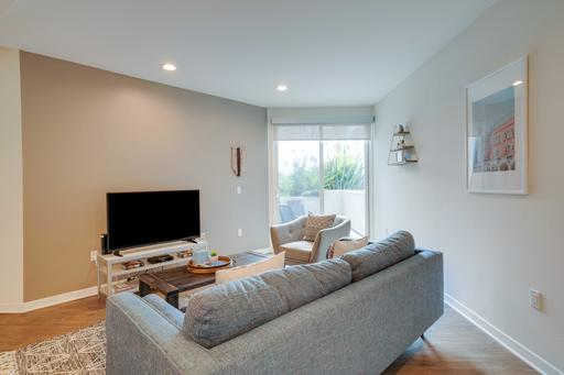 image 3 furnished 2 bedroom Apartment for rent in Marina del Rey, West Los Angeles