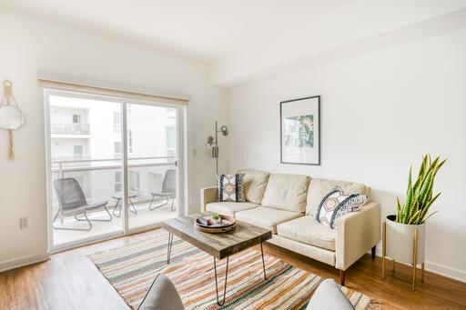 image 3 furnished 1 bedroom Apartment for rent in Glendale, San Fernando Valley