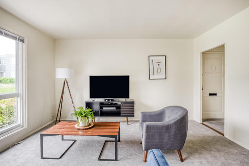 image 2 furnished 3 bedroom Apartment for rent in Parkmerced, San Francisco