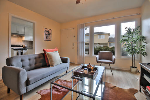 image 2 furnished 1 bedroom Apartment for rent in Redwood City, San Mateo (Peninsula)