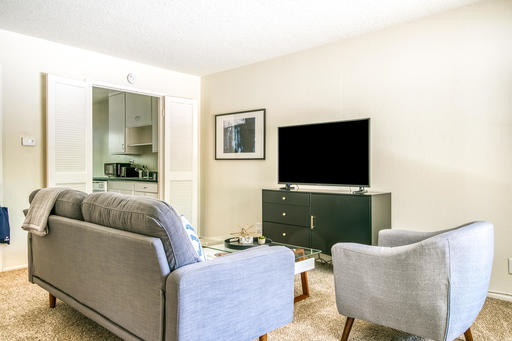 image 2 furnished 2 bedroom Apartment for rent in Walnut Creek, Contra Costa County