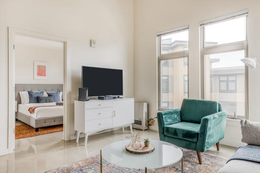 image 1 furnished 2 bedroom Apartment for rent in Emeryville, Alameda County