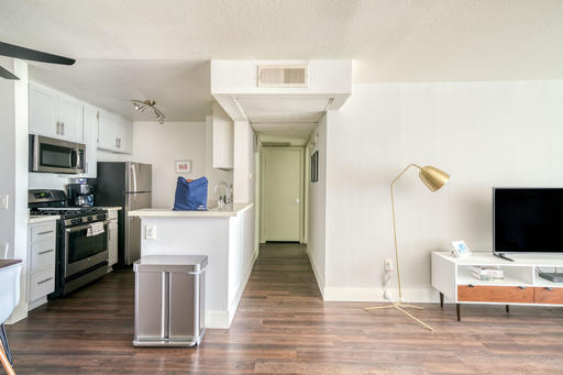 image 4 furnished 1 bedroom Apartment for rent in North Hollywood, San Fernando Valley