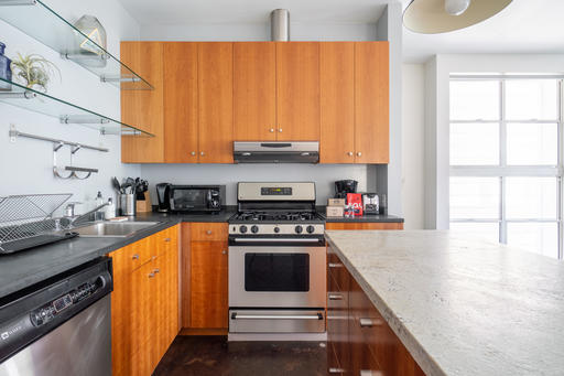 image 7 furnished 2 bedroom Apartment for rent in Mission District, San Francisco