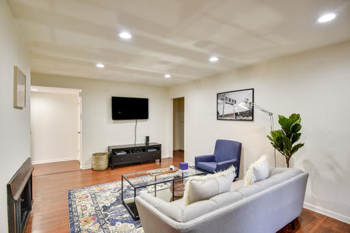 $7170 2 West Los Angeles West Los Angeles, Los Angeles