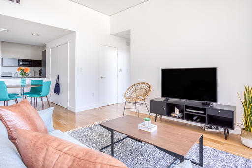 image 2 furnished 1 bedroom Apartment for rent in Downtown, Metro Los Angeles