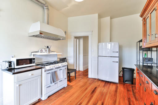 image 10 furnished 3 bedroom Apartment for rent in South of Market, San Francisco