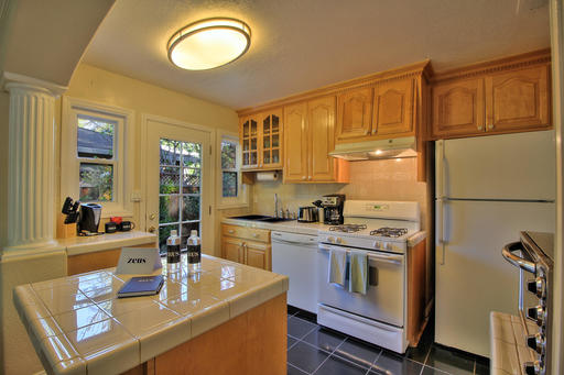 image 5 furnished 2 bedroom House for rent in Menlo Park, San Mateo (Peninsula)