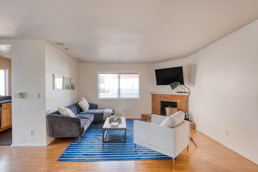 image 3 furnished 3 bedroom Apartment for rent in Santa Monica, West Los Angeles