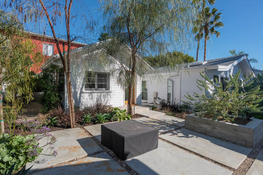 image 9 furnished Studio bedroom Apartment for rent in Venice, West Los Angeles