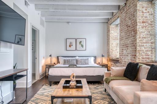 image 1 furnished Studio bedroom Apartment for rent in Alexandria, DC Metro