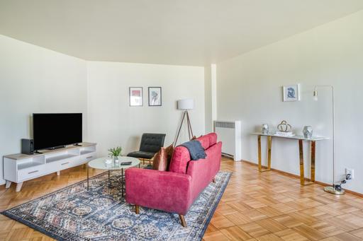 image 2 furnished 1 bedroom Apartment for rent in Parkmerced, San Francisco