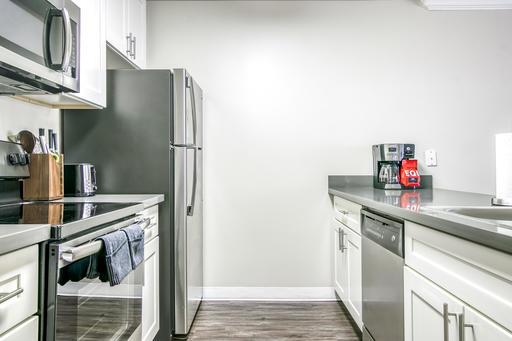 image 6 furnished 2 bedroom Apartment for rent in Alameda, Alameda County