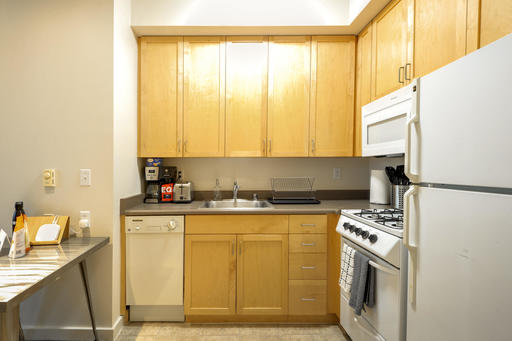 image 5 furnished 1 bedroom Apartment for rent in Berkeley, Alameda County