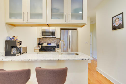 image 5 furnished 3 bedroom Apartment for rent in Capitol Hill, DC Metro