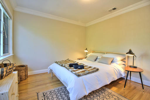 image 8 furnished 2 bedroom House for rent in Menlo Park, San Mateo (Peninsula)