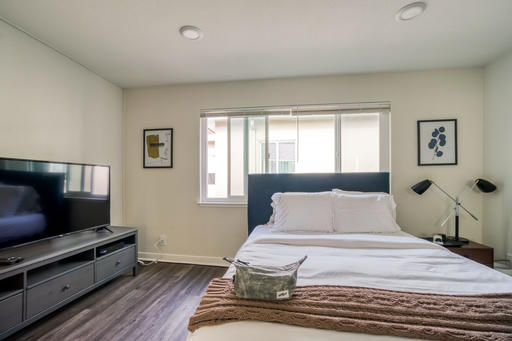 image 2 furnished Studio bedroom Apartment for rent in Piedmont, Alameda County