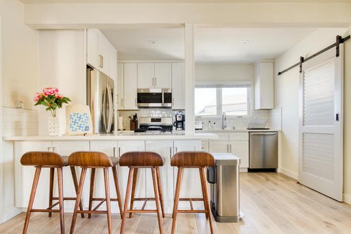 image 6 furnished 2 bedroom Apartment for rent in Manhattan Beach, South Bay