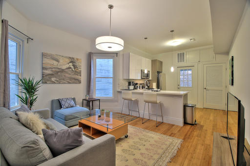 image 2 furnished 3 bedroom Apartment for rent in South of Market, San Francisco