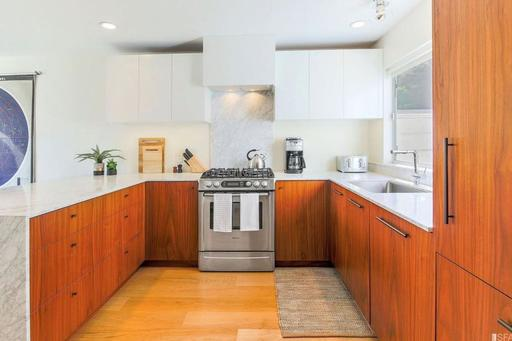 image 10 furnished 3 bedroom Apartment for rent in Noe Valley, San Francisco