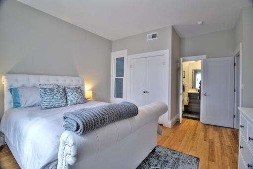 image 8 furnished 3 bedroom Apartment for rent in South of Market, San Francisco