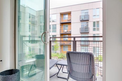 image 7 furnished 2 bedroom Apartment for rent in Mercer Island, Seattle Area